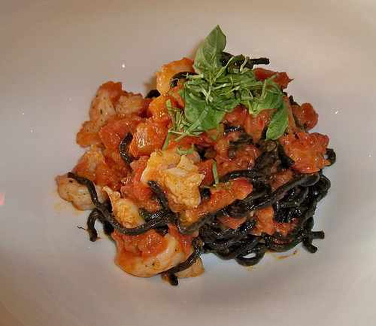 Black Linguine Pasta with Louisiana White Shrimp, at Boulevard | © Jane Air/Flickr