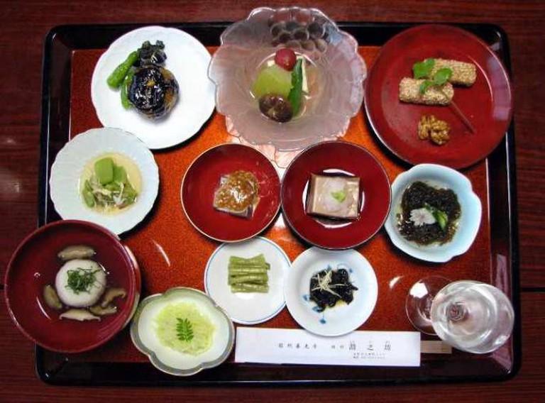 Japanese temple vegetarian dinner | © Chris 73/WikiCommons