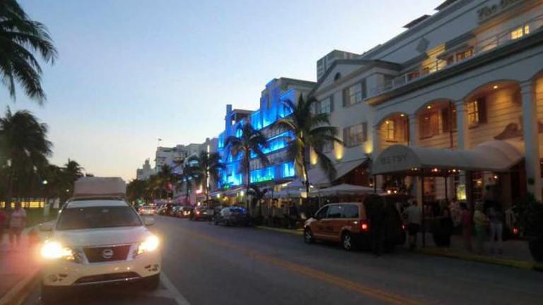 Miami Beach: Ocean Drive at Dusk © Reinhard Link