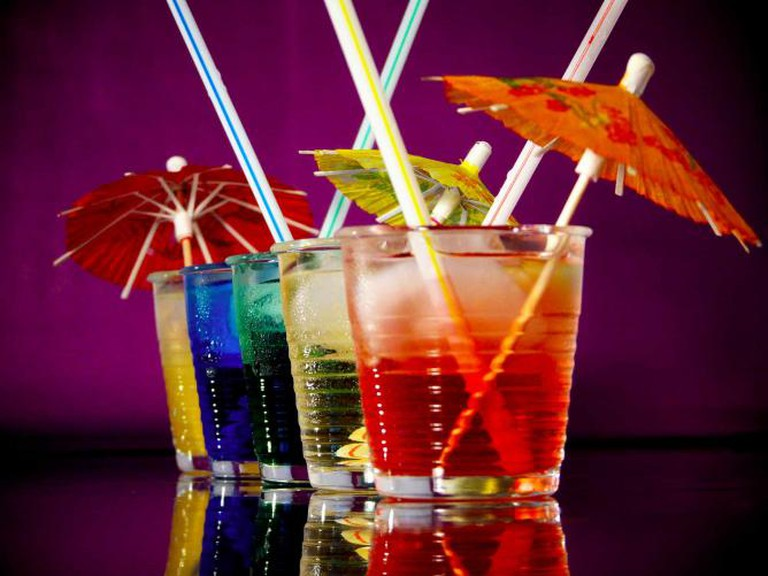 Cocktails with Umbrellas I ©Wikimedia Commons