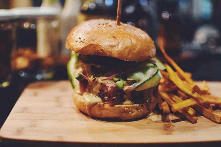Burger | courtesy of Rossonero Wine Bar