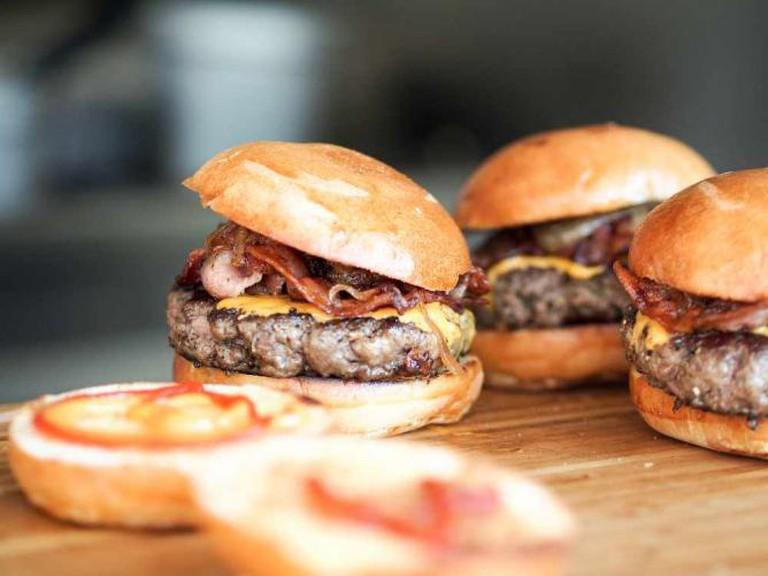 Hamburgers | © Niklas Rhöse/Flickr