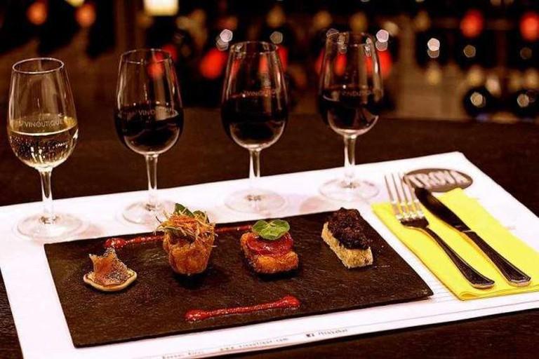 Wine and food | Courtesy of Trova