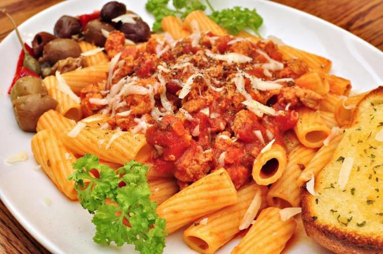 Rigatoni with Italian sausage I © jeffreyw/Flickr