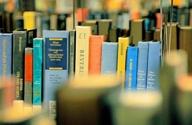 Books I ©  faungg's photos/Flickr
