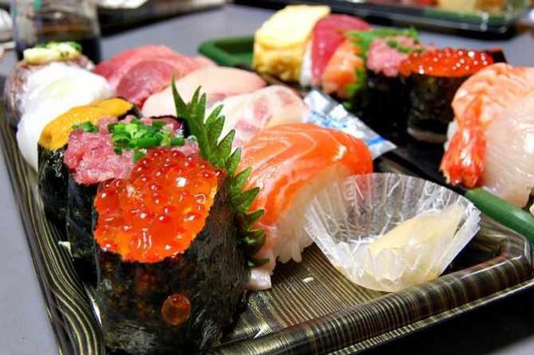 Sushi   © kimishowota/Flickr