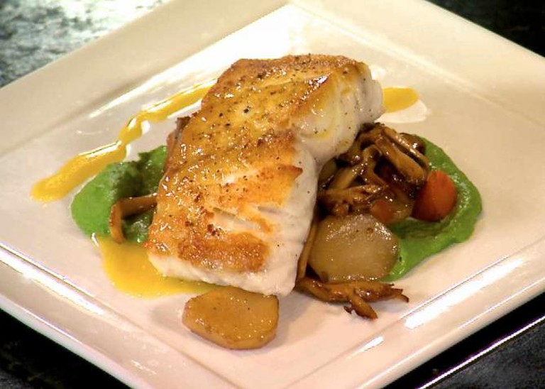 Black grouper dish at Caretta on the Gulf | © Visit St. Pete/Clearwater/Flickr