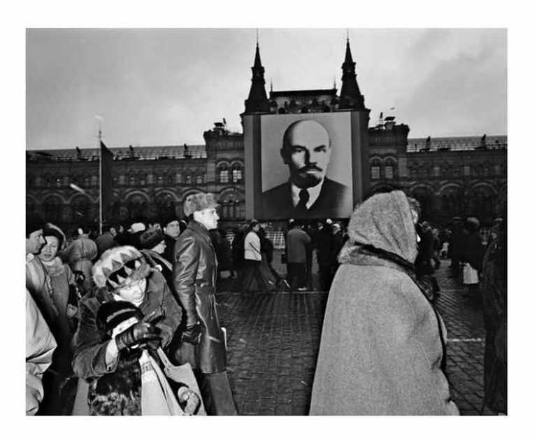 Moscow, Russia (USSR) 1988 Kremlin. Red Square. 7 November celebration. Day of the Revolution. From Homo Sovieticus | © Courtesy of Carl de Keyzer
