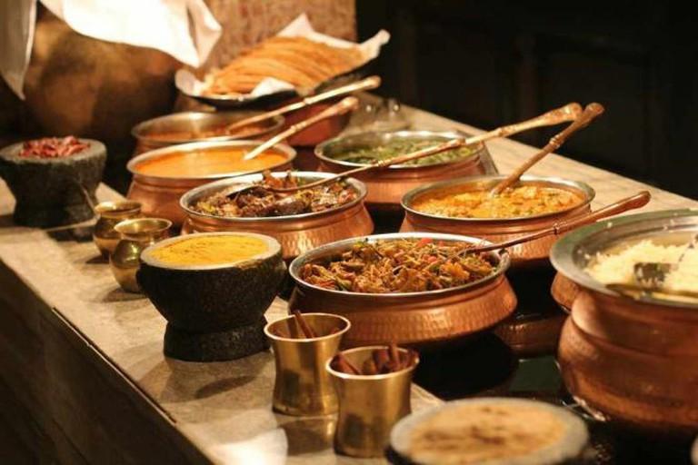 Ethnic Food-Buffet  © PublicDomainPictures/Pixabay
