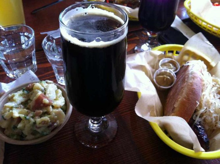 Stout Beer with snacks