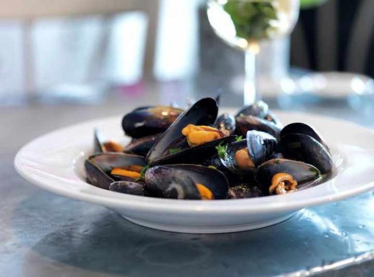 Aubaine's famous mussels