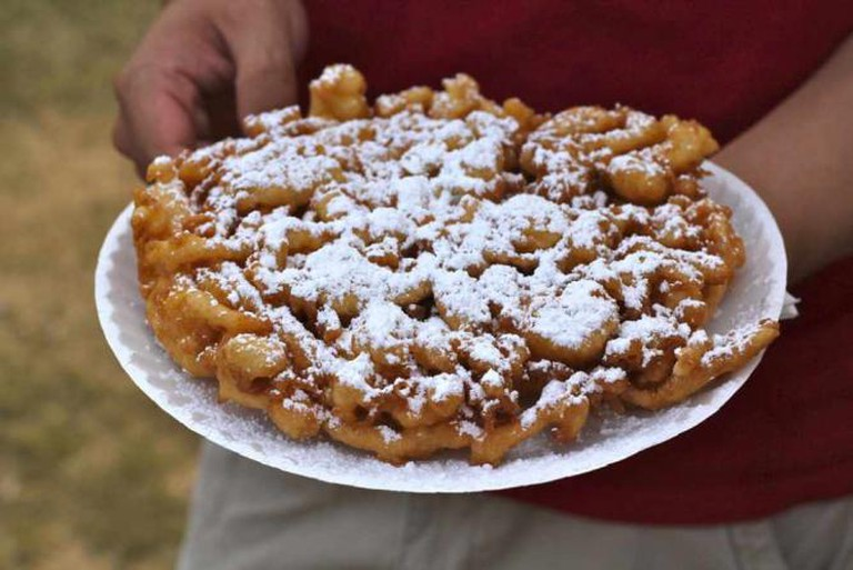 Funnel cake © Alyson Hurt/Flickr