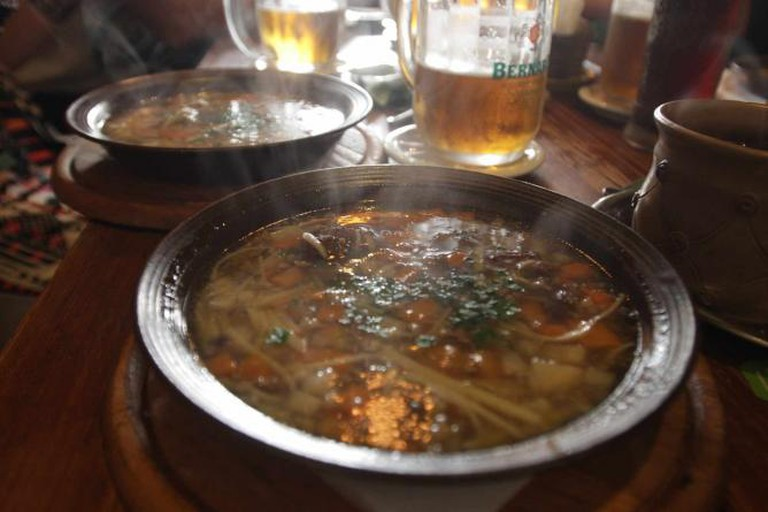 Beer and Medieval Style Food in Meluzina | © Emma Cooke
