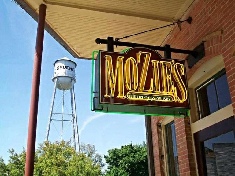 Mozie's | Courtesy of Mozie's Bar and Grill