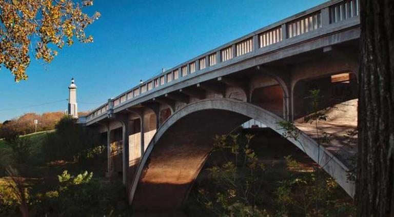 Seventh Street Memorial Bridge in Bartlesville   © David Hepworth