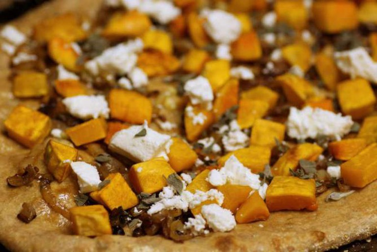 butternut squash pizza | © Stacy/Flickr