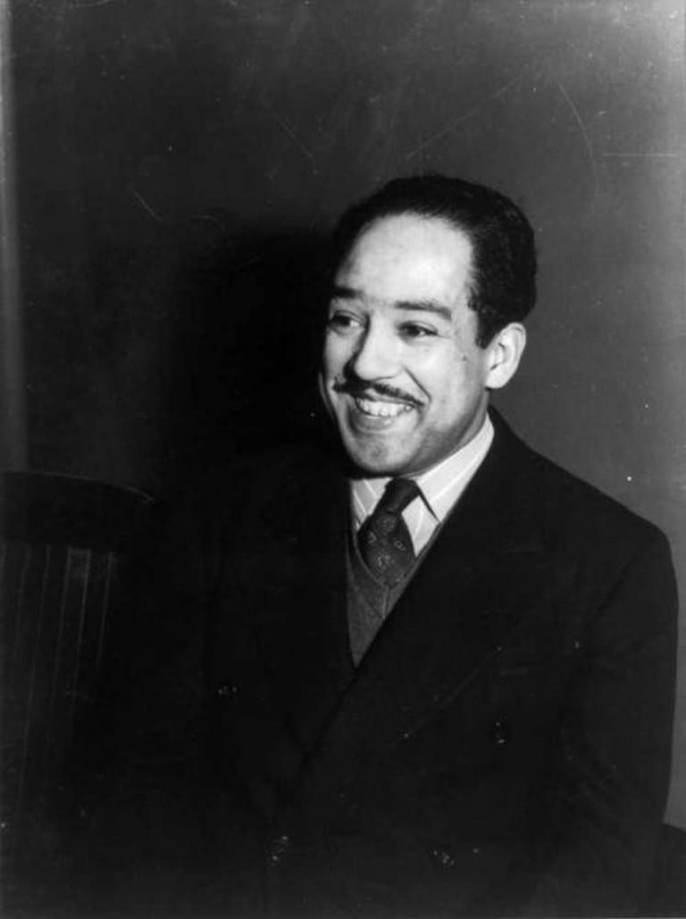 Langston Hughes by Jack Delano, 1942 (LOC) | © pingnews.com/Flickr