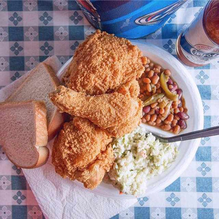 Fried Chicken, Baked Beans, and Cole Slaw