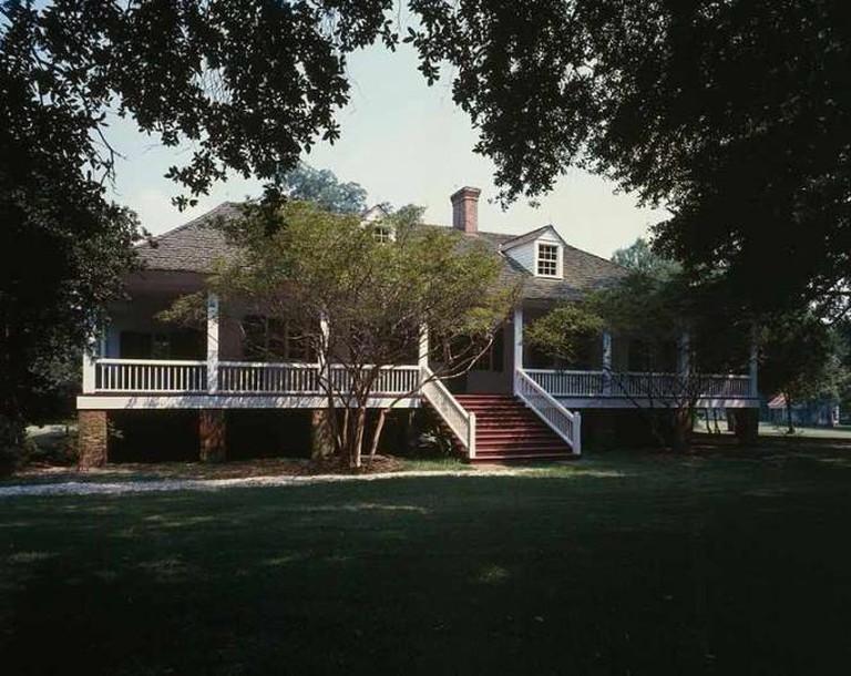 Magnolia Mound Plantation House - David J. Kaminsky/Wikimedia Commons