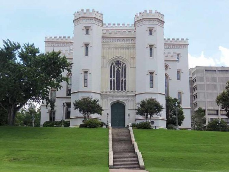 Louisiana Old State Capitol - Farragutful/Wikimedia Commons