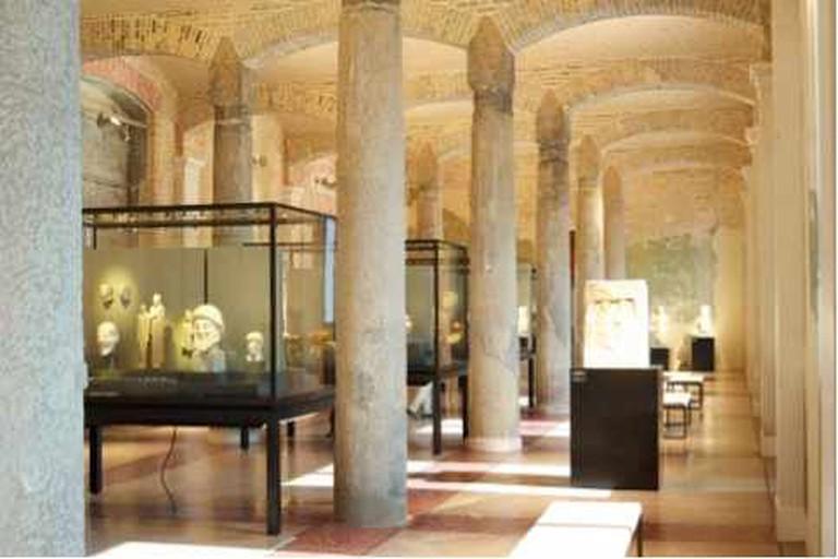 Interior of Neues Museum | @ René Spitz/Flickr