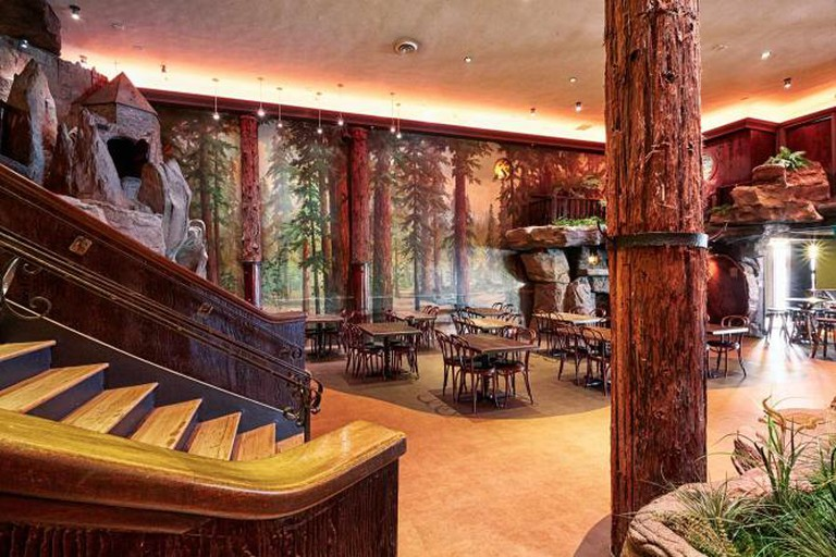 Inside Clifton's Cafeteria © Ryan Tanaka
