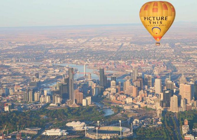 Melbourne CBD| Picture This Ballooning