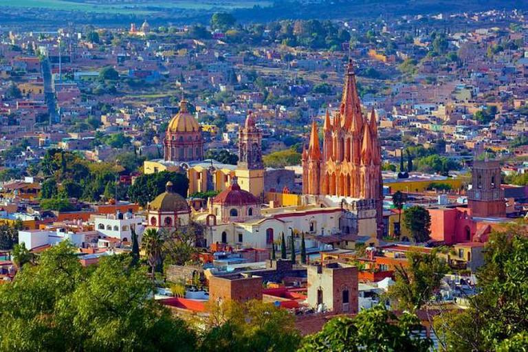 San Miguel de Allende sky
