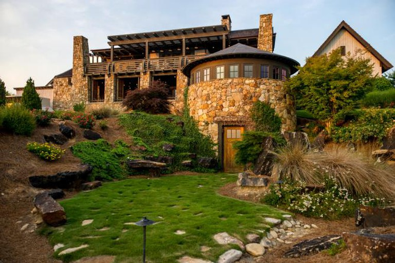 Stunning exterior view | Courtesy of SpringHouse