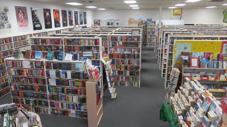 encore books washington