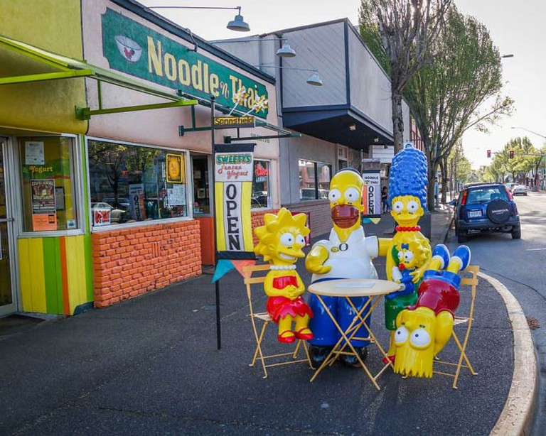 The Simpsons on Main Street | © Visitor7/WikiCommons