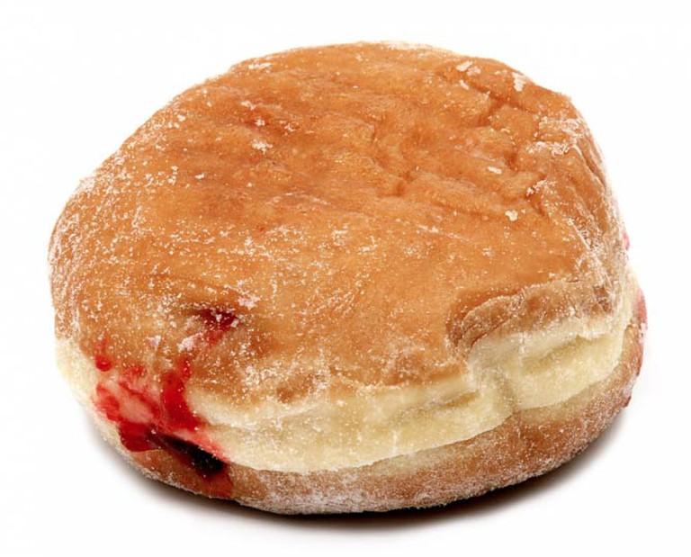 Jelly donut | © Evan-Amos/Wikimedia Commons