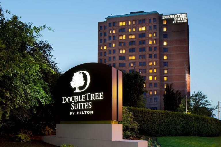 DoubleTree Suites by Hilton Hotel Boston-Cambridge