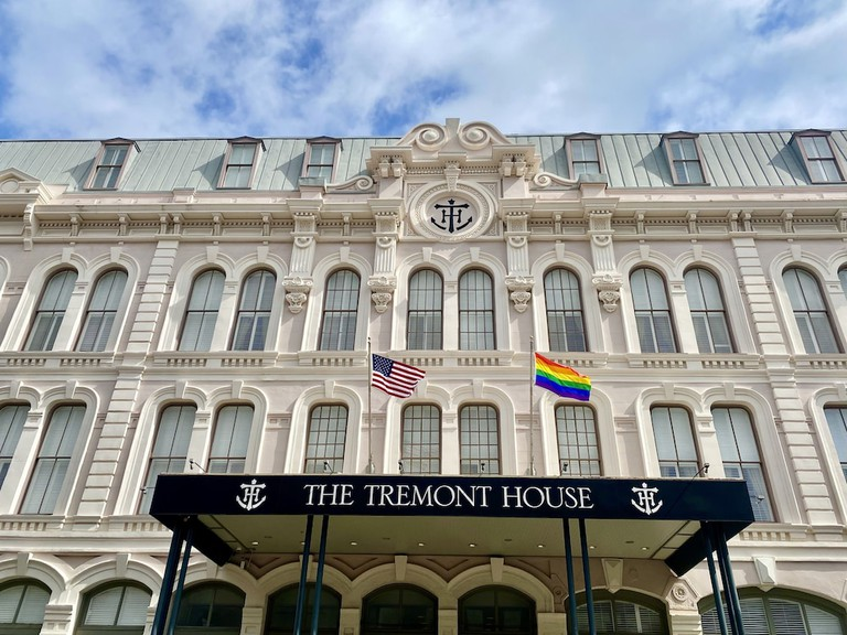 The Tremont House-booking