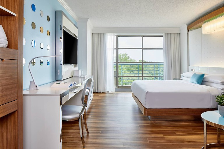 Renaissance Charlotte Southpark Hotel_f9890bca