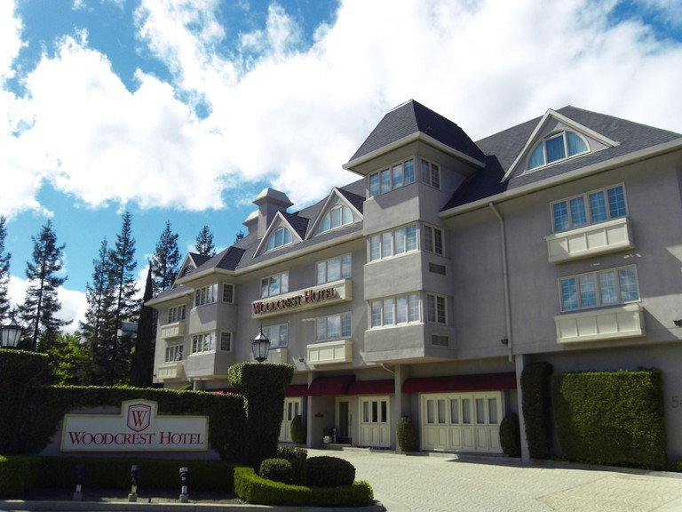 Woodcrest Hotel_b_129202726