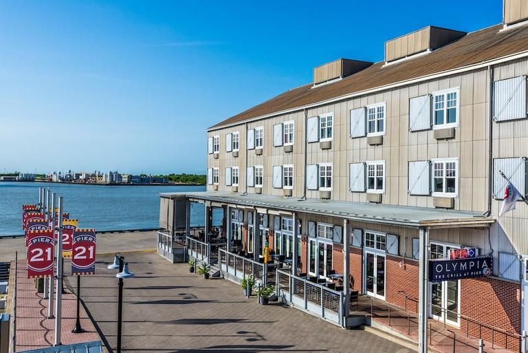 Harbor House at Pier 21-cf169262