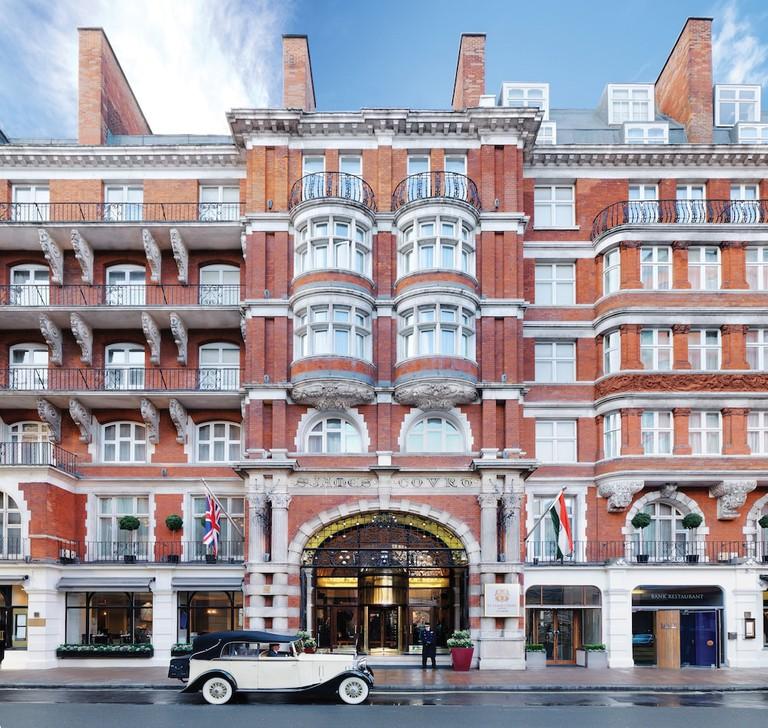 bb4902df - St. James' Court London