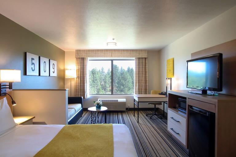 269762909 - Oxford Suites Spokane Valley