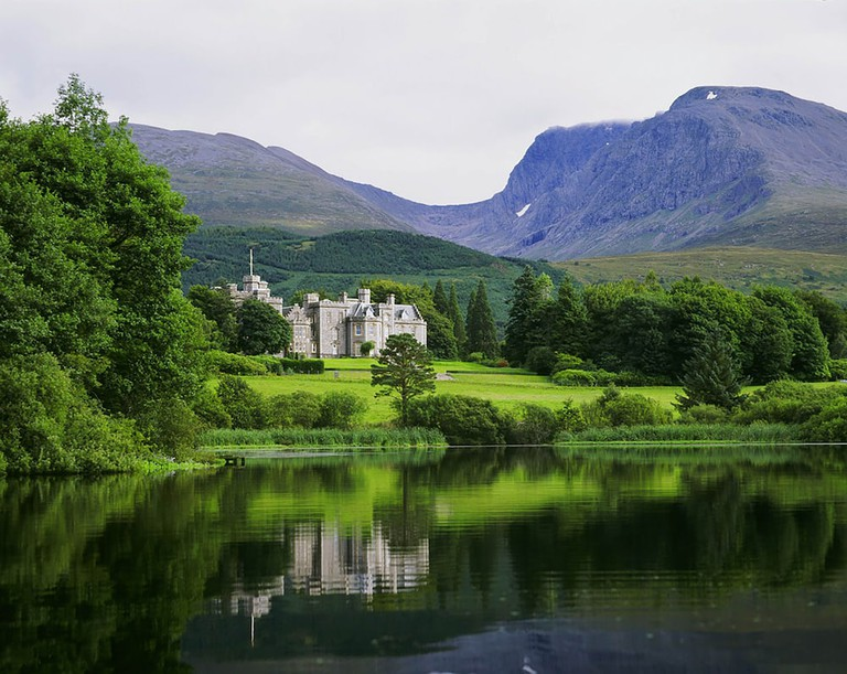 Iverlochy Castle