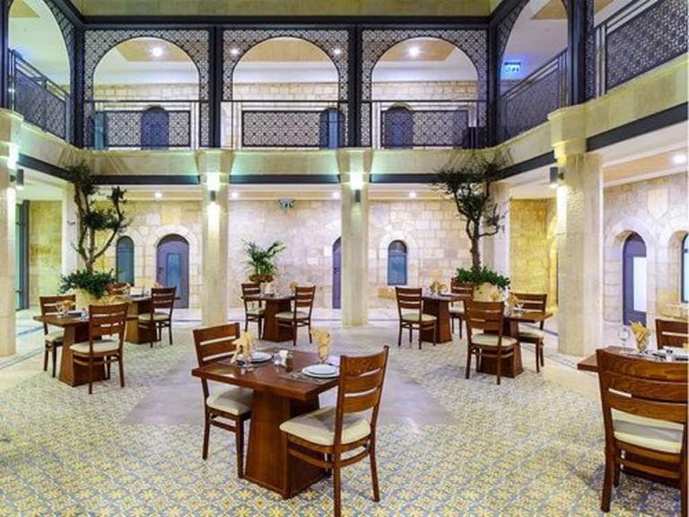 Sephardic House_4a9e30a6