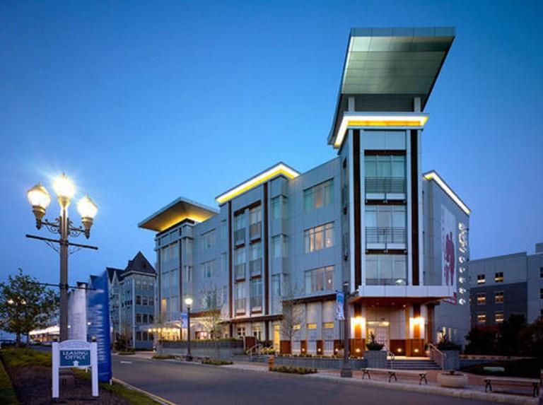 Bungalow Hotel_41907cd5
