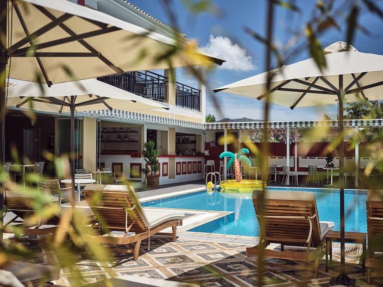 d3b83c87 - Cactus Hotel