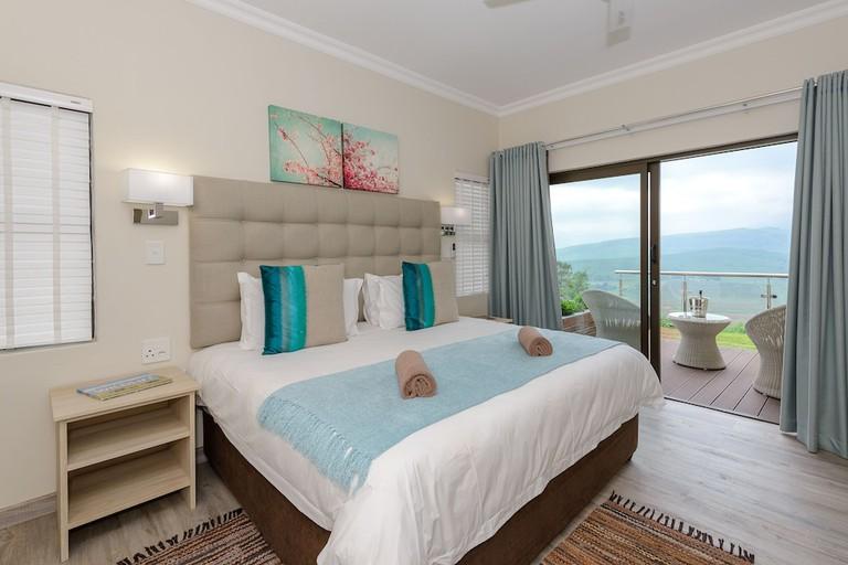 Cayley Mountain Resort