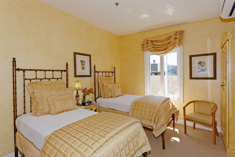 48ba9067 - Hotel Sausalito and Suites