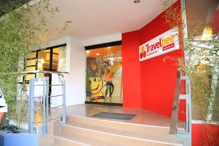 Travelbee Business Inn