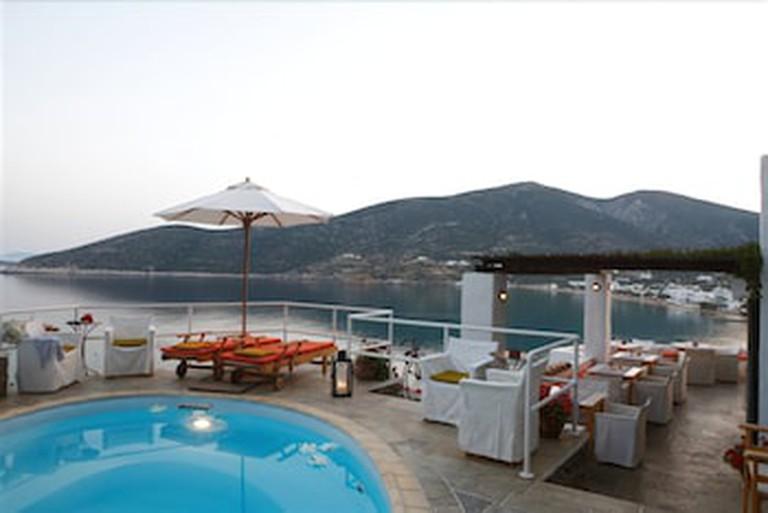 Niriedes Hotel, Platis Gialos