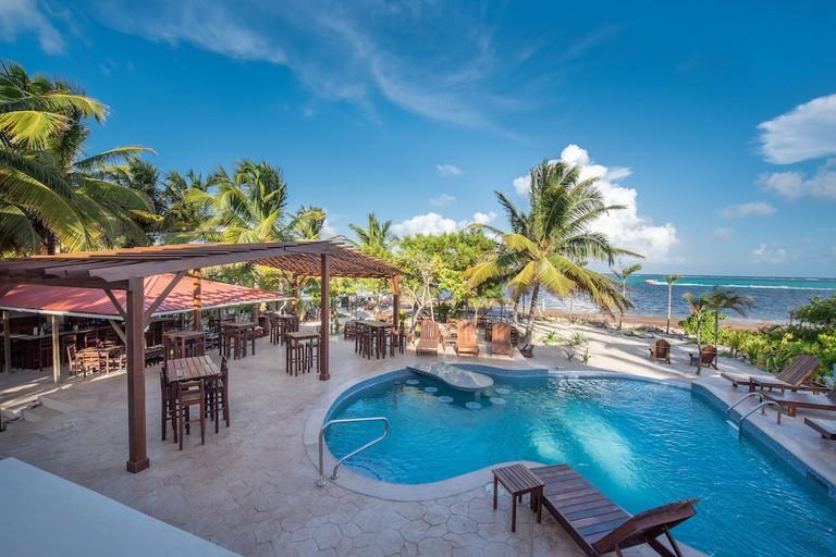 Bella Vista Guesthouse & Cabins