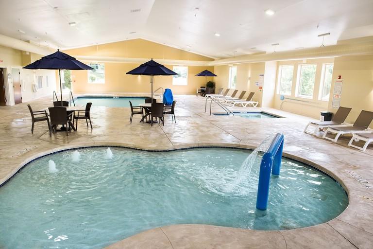 Comfort Suites Lake Geneva East_8e2ae604