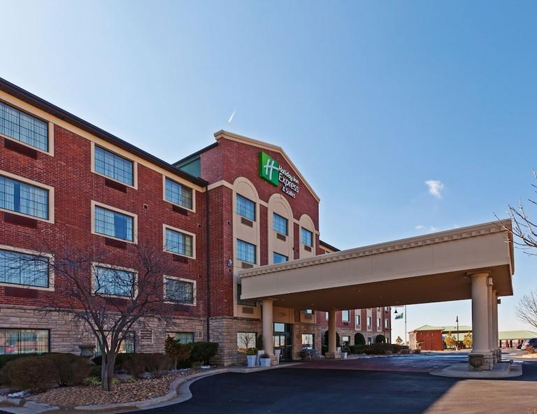 Holiday Inn Express Tulsa S Broken Arrow Hwy 51